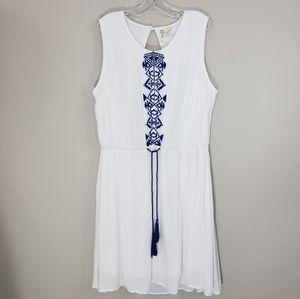 Boho Embroidered Backless Sleeveless Dress Sz L